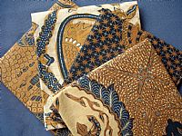 Photo 2 of our Traditional Batik 4 fat quarters
