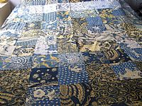 Photo 2 of our Double patchwork bedcover in vintage batik.