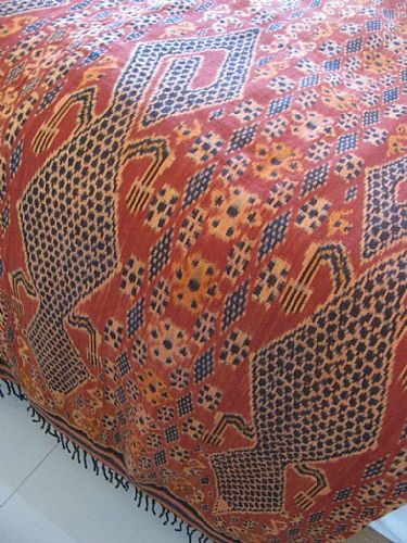 Photo of our Terracotta Dragons Sumba ikat XL
