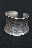 Photo of our Silver basket weave bracelet