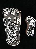 Decorated footprint printing block