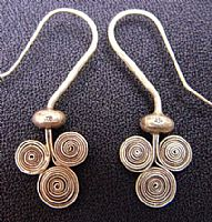 Triple spirals silver earrings