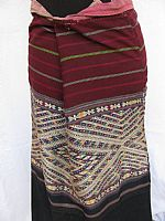 Photo 3 of our Tai Daeng brocaded skirt