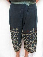 Photo 3 of our Yao embroidered trousers
