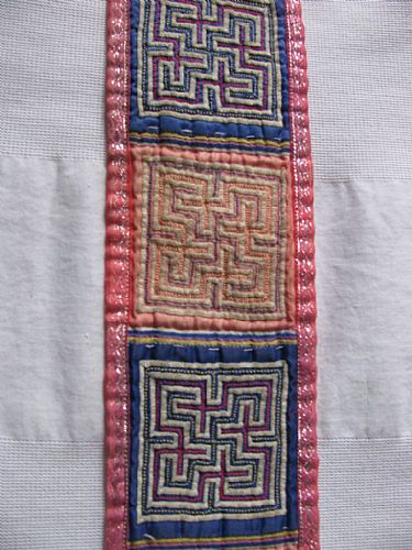 Photo of our Embroidered strap with maze designs