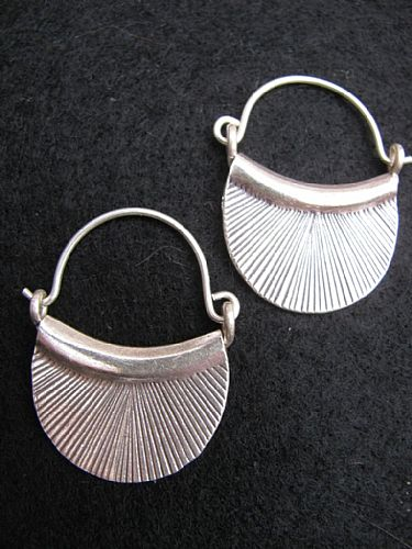 Photo of our Silver basket earrings