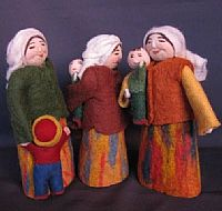 Photo link to Felt Dolls